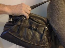 Krađa torbice